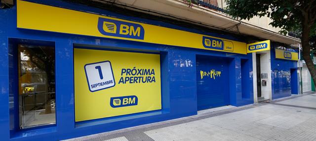 Facahada del supermercados BM Colón en Logroño
